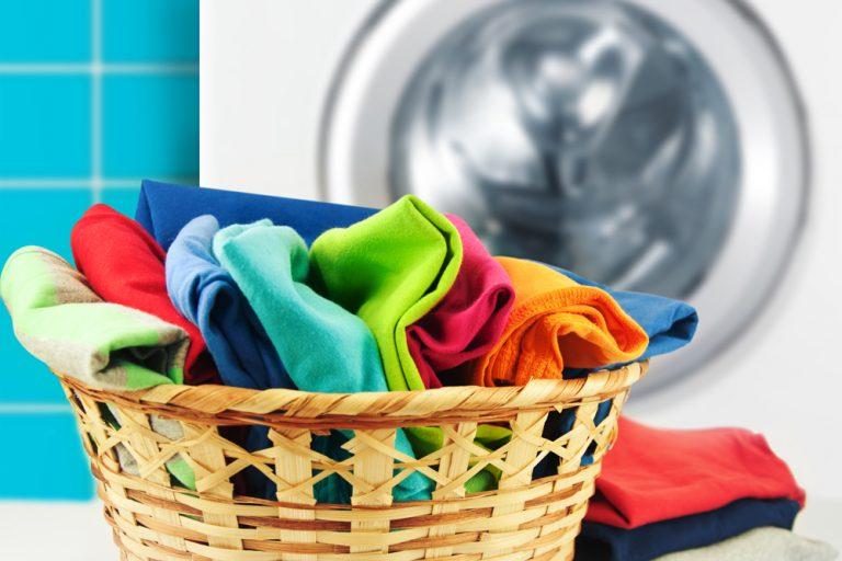 طرز شستن لباس در خشکشویی